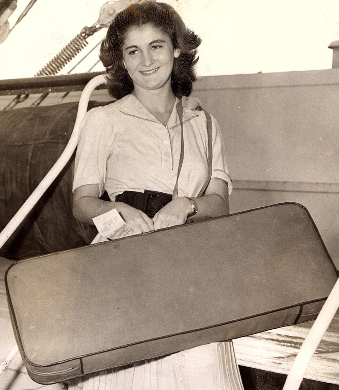 Kato Havas in 1939, on the Aquitania transatlantic ship, arriving in New York for her début in Carnegie Hall and USA concert tour