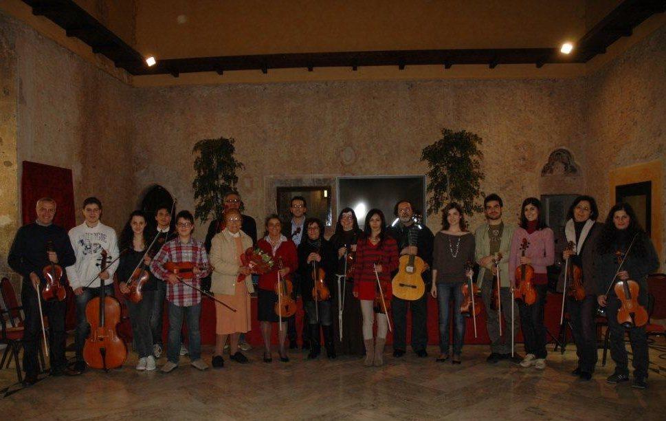 Foto di gruppo dei partecipanti al seminario sul Nuovo Approccio Havas, tenuto da Monica Cuneo ad Atina