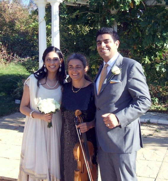 Asian wedding at Mercure Letchworth Hall Hotel. Professional wedding musician in Oxford. Violin, viola. Ceremony, reception, your favourite music played on the mellow viola